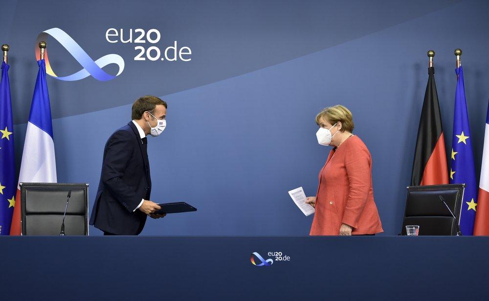 EU cuối cùng cũng đi đến thỏa thuận quĩ 2,1 nghìn tỉ USD phục hồi COVID-19 sau 4 ngày căng thẳng - Ảnh 2.