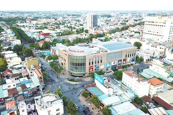Viettel muốn hợp tác xây dựng thành phố thông minh tại Đồng Nai - Ảnh 1.