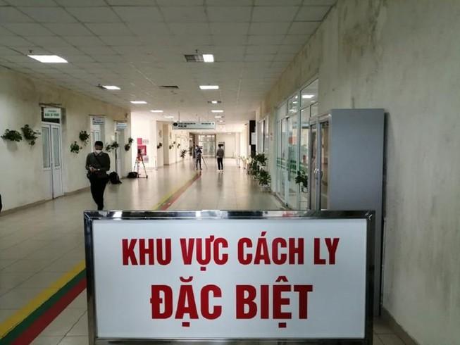 Bộ Y tế tiếp tục tìm người liên quan đến bệnh nhân COVID-19 ở Đà Nẵng và Quảng Ngãi - Ảnh 1.