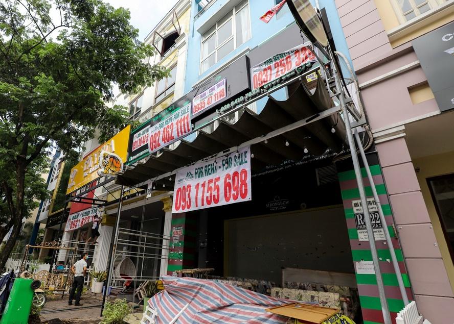Mặt bằng bán lẻ ở khu phố người Hàn bỏ trống đến 40% - Ảnh 1.