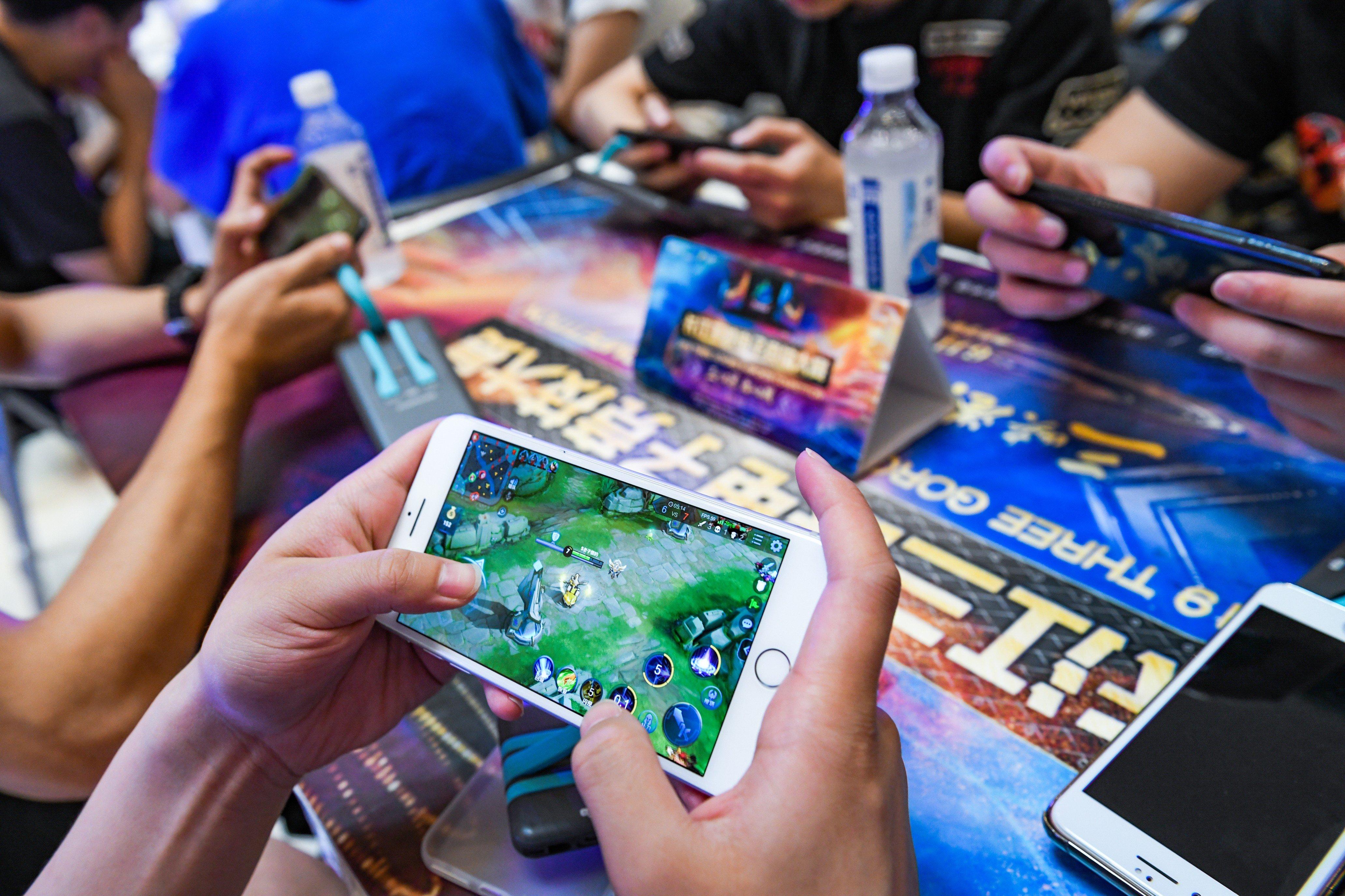 Tencent vượt Facebook trở thành công ty truyền thông mạng xã hội giá trị nhất thế giới - Ảnh 2.