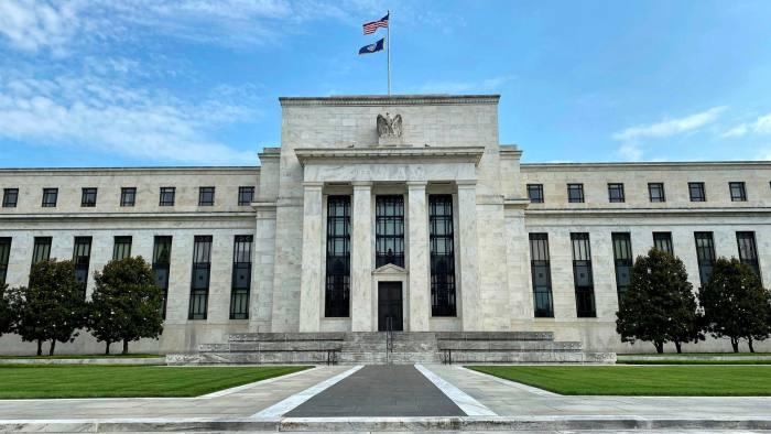 Fed dự kiến mối tương quan giữa cổ phiếu và trái phiếu kho bạc Mỹ sẽ không còn theo qui tắc - Ảnh 1.