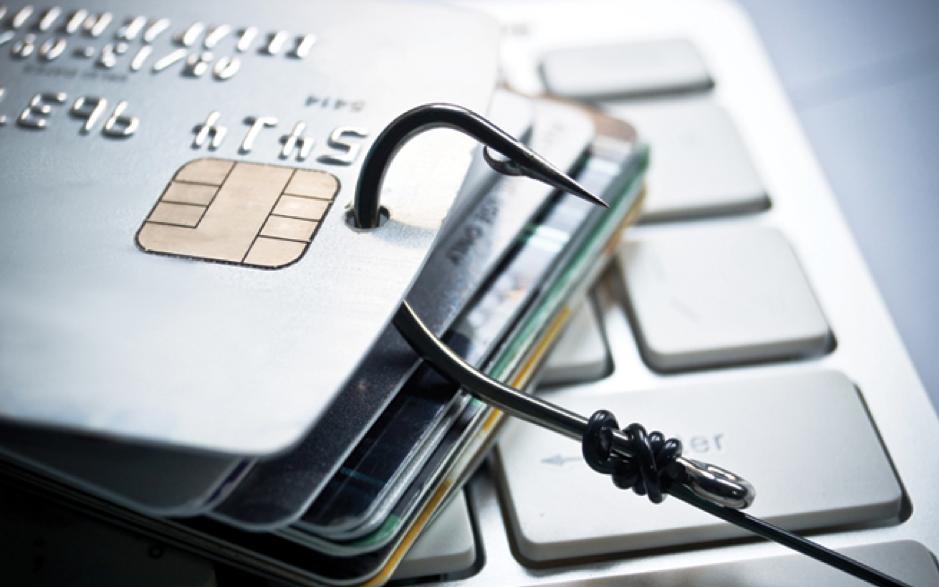 Cảnh báo các hình thức gian lần khoản vay và thẻ tín dụng - Ảnh 1.