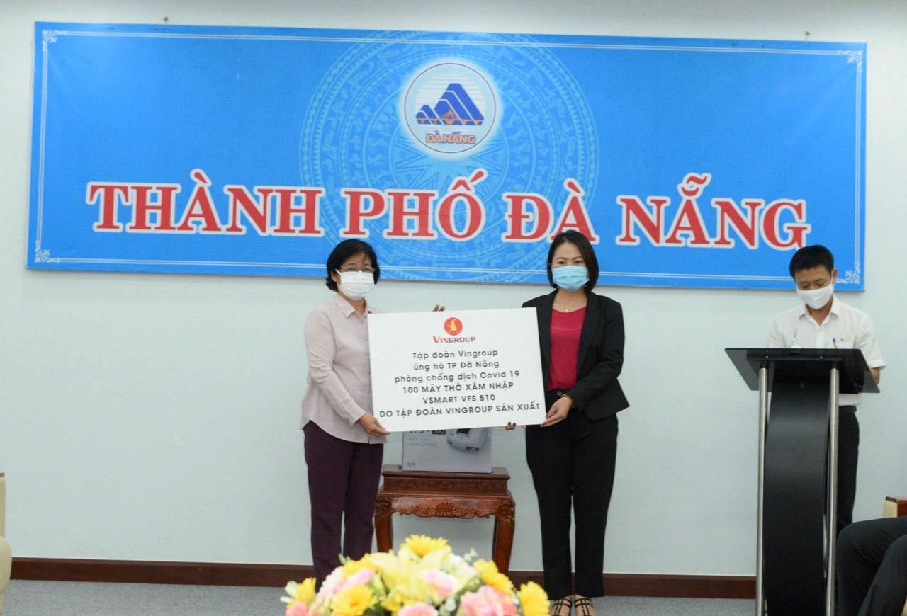 Cận cảnh 100 máy thở Vingroup đã trao tặng cho TP Đà Nẵng chống dịch COVID-10 chiều 31/7 - Ảnh 1.