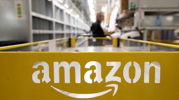 Amazon tiếp tục ghi kỉ lục lợi nhuận, doanh thu tăng 40% - Ảnh 1.