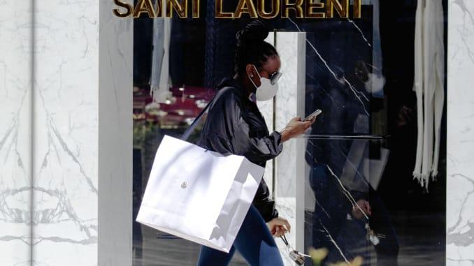 59% người da đen cho biết họ bị đối xử bất công tại các trung tâm mua sắm - Ảnh 3.