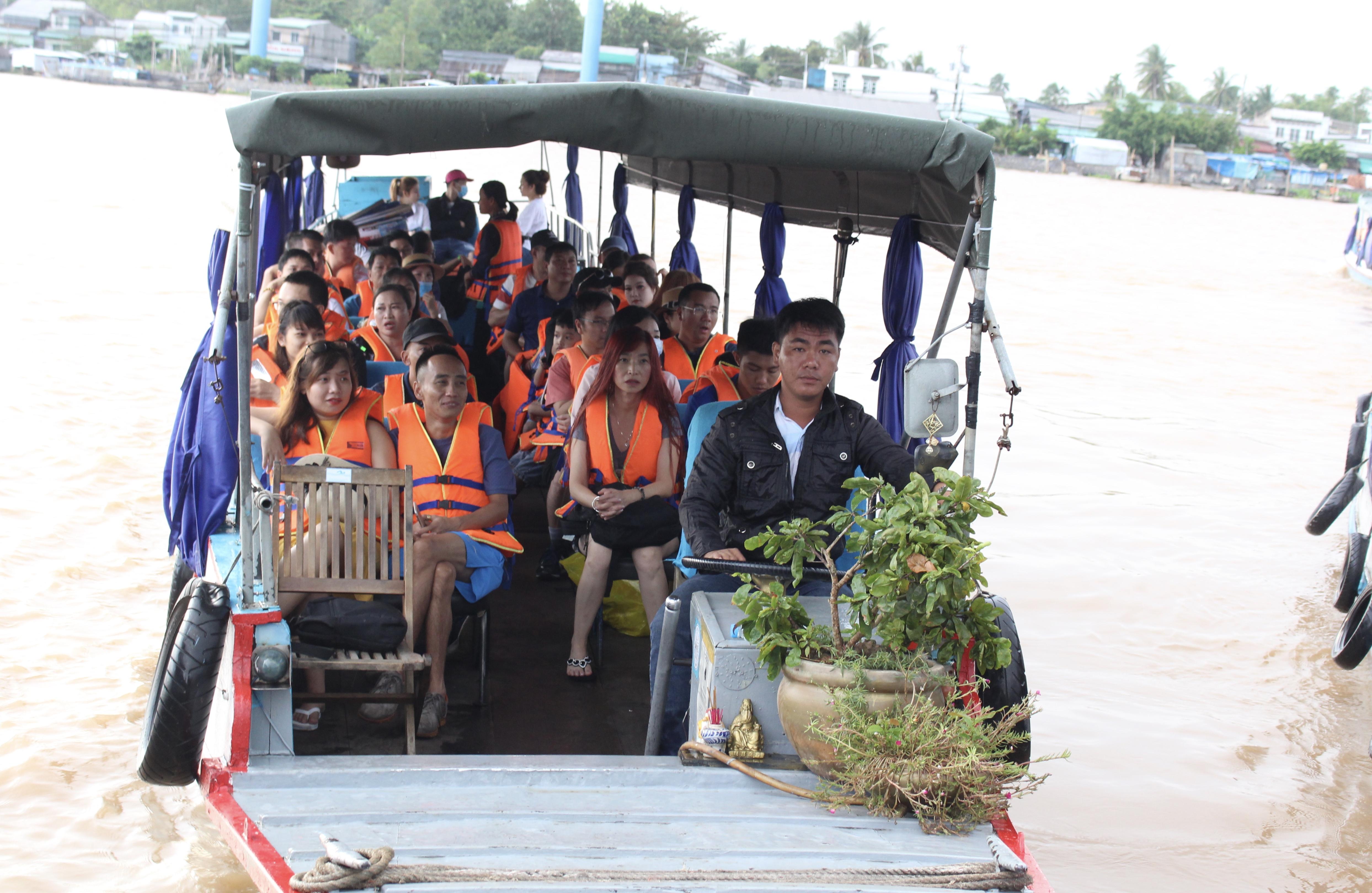 Du lịch TP HCM và ĐBSCL tranh thủ thời điểm vàng thu hút khách nội địa - Ảnh 1.