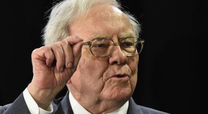 Lời khuyên tài chính từ tỉ phú Warren Buffett để sống sót qua mùa dịch COVID-19 - Ảnh 1.