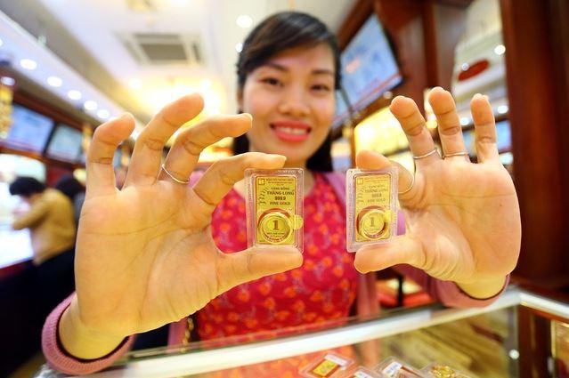 Giá vàng hôm nay 8/7: Vàng SJC tiếp tục tăng mạnh 420.000 đồng/lượng - Ảnh 2.