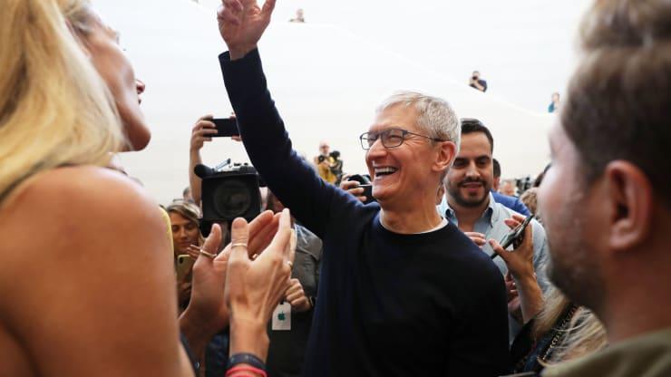 Apple vượt mặt đại gia dầu khí Saudi Aramco trở thành công ty đắt giá nhất hành tinh