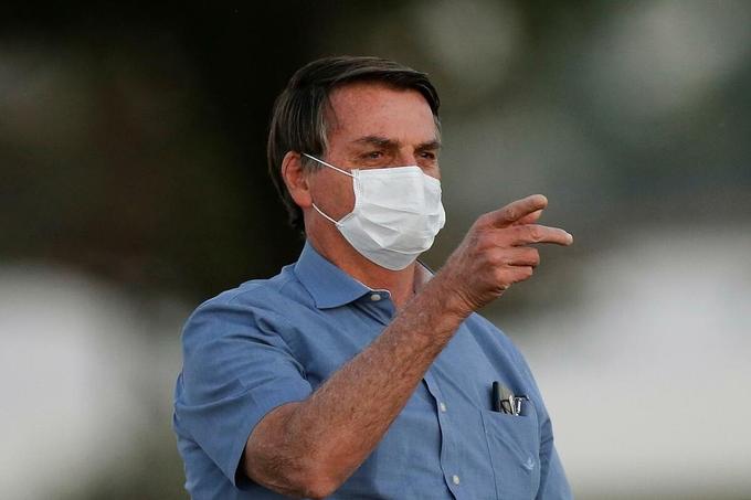"""Cập nhật tình hình COVID-19 ngày 1/8: Tổng thống Brazil """"mốc phổi"""" sau khi mắc virus corona - Ảnh 2."""