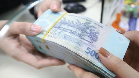 VND ổn định với USD nhưng đang giảm giá so với các đồng tiền khác - Ảnh 1.