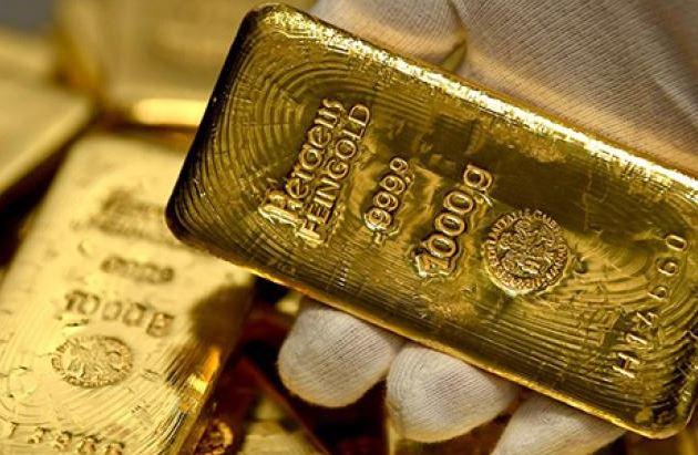 Giá vàng hôm nay 12/8: Vàng SJC mất 3 triệu đồng/lượng chỉ sau một đêm - Ảnh 2.