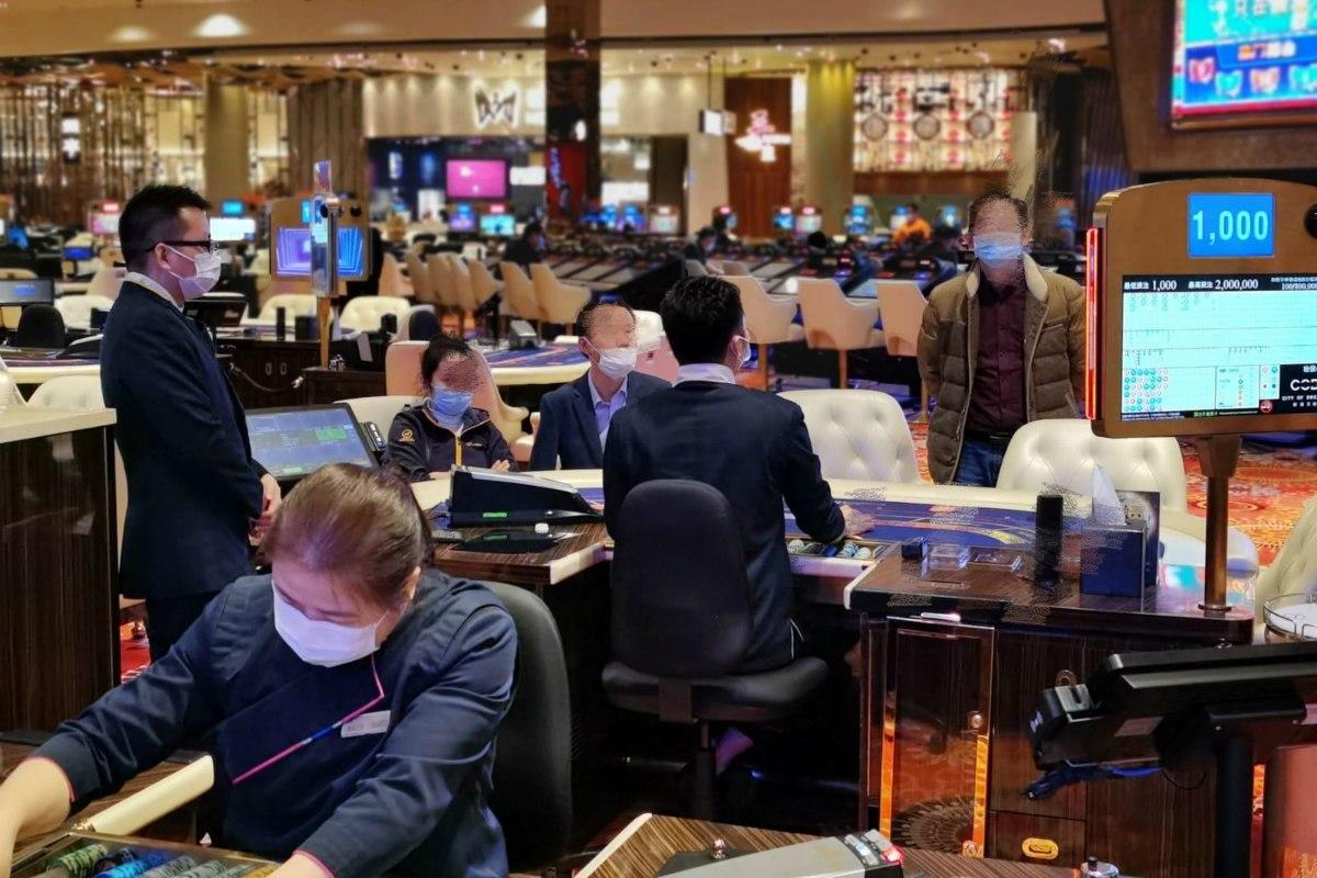 Lệnh cấm WeChat khiến các ông chủ Mỹ rơi vào thế khó khi điều hành sòng bạc tại Macau - Ảnh 1.
