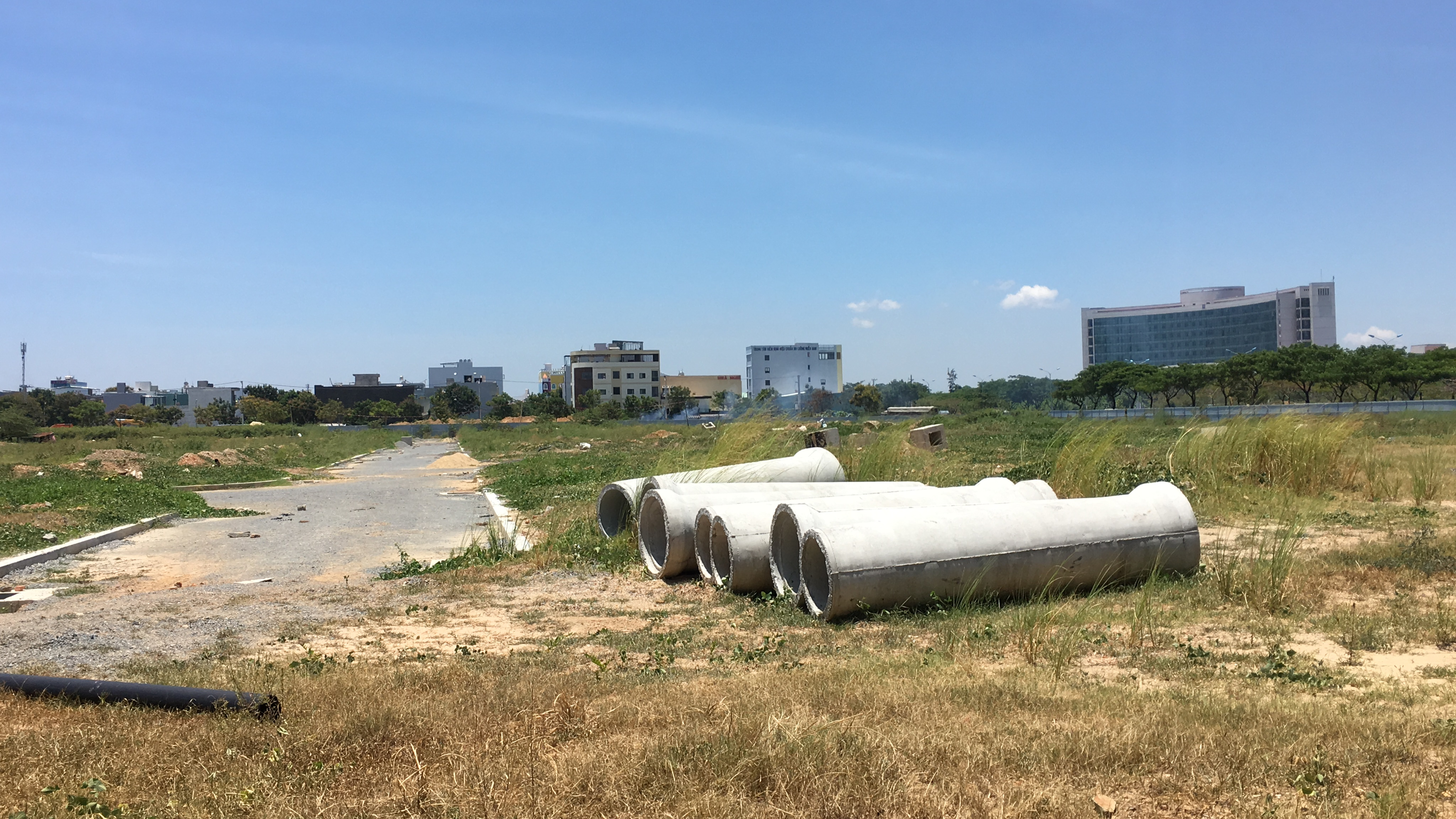 Đà Nẵng chấn chỉnh kinh doanh dịch vụ bất động sản trên địa bàn - Ảnh 1.