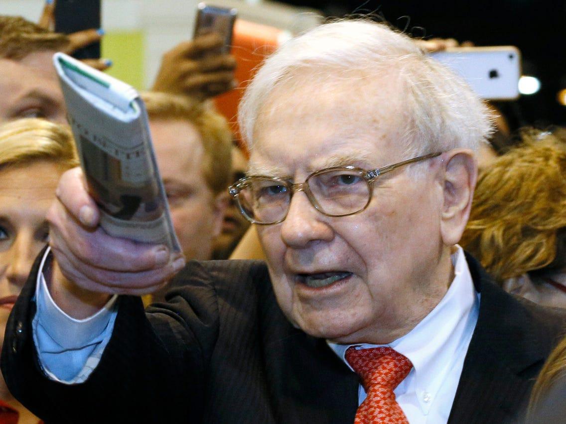 Berkshire Hathaway bán mạnh cổ phiếu ngân hàng, thoái sạch vốn khỏi Goldman Sachs - Ảnh 1.