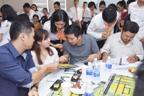 Hàng trăm nhân viên môi giới bất động sản ở Đà Nẵng nghỉ việc - Ảnh 1.