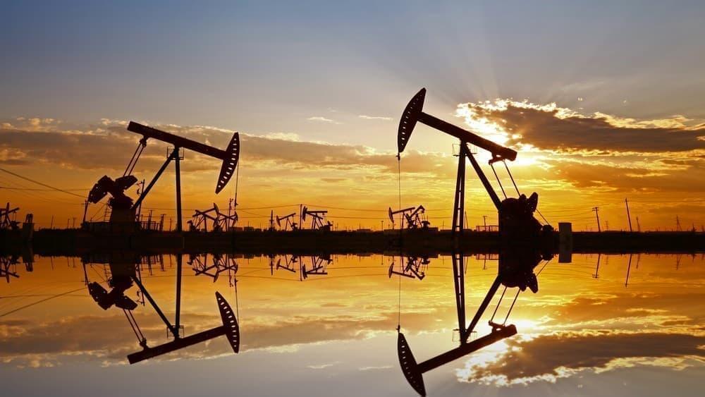 Giá xăng dầu hôm nay 3/8: Sản lượng dầu giảm, giá dầu tăng trở lại - Ảnh 1.