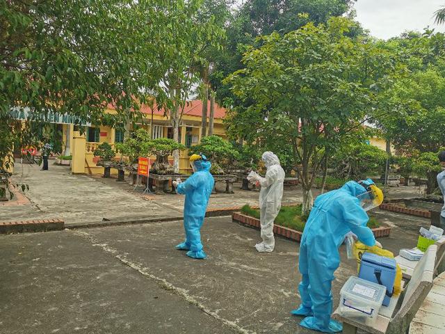 Thái Bình phong tỏa hơn 200 hộ dân khu vực bệnh nhân 566 sinh sống - Ảnh 1.