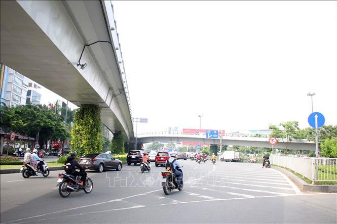 Phát triển giao thông ở sân bay Tân Sơn Nhất – Bài 2: Dồn lực cho công trình cấp bách - Ảnh 2.