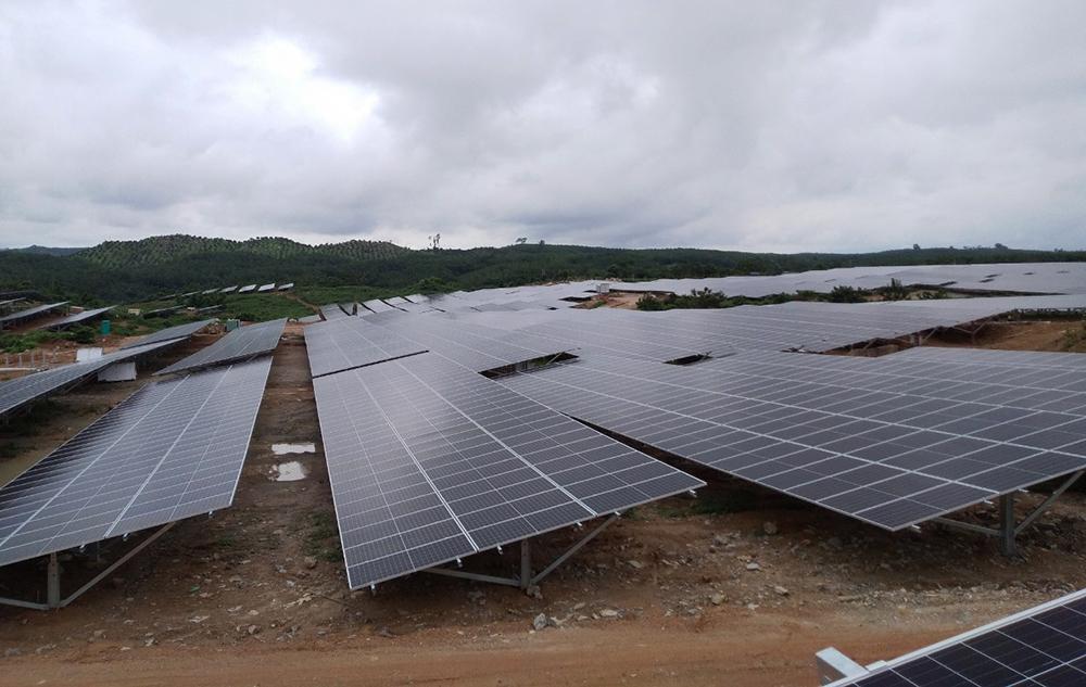 Dự án nhà máy điện mặt trời Sê San 4 chạy nước rút về đích trong quí IV/2020 - Ảnh 1.