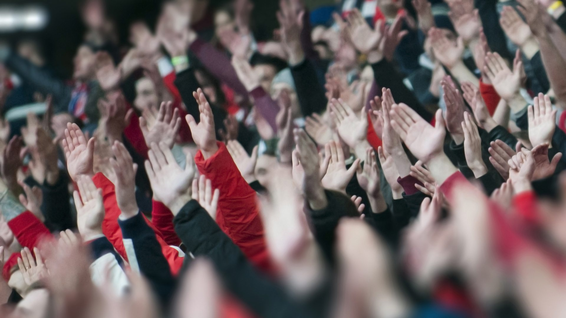 Tâm lí đám đông – Nguyên nhân muôn thủa khiến nhà đầu tư thua lỗ - Ảnh 1.