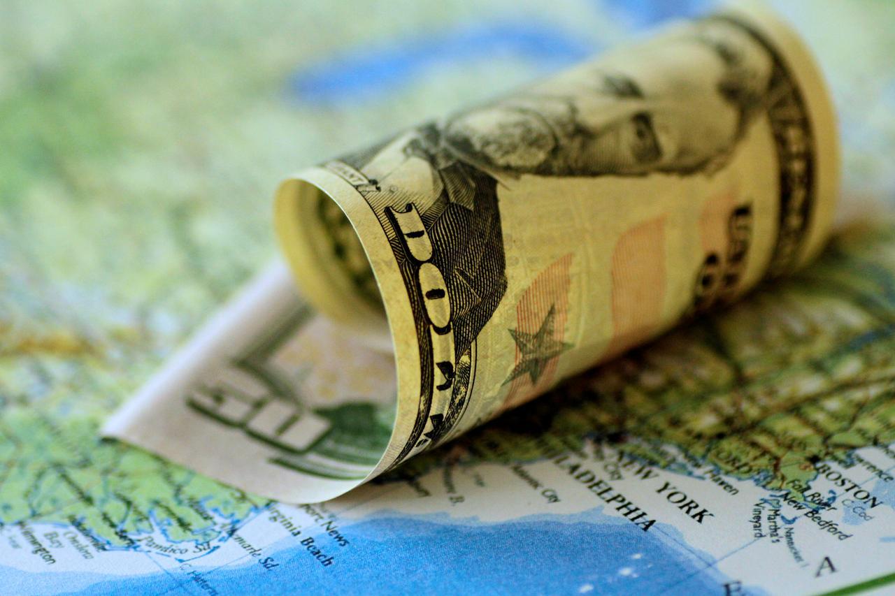 Tỷ giá USD hôm nay 4/11: Giảm trên thị trường quốc tế khi giới đầu tư nghiêng về chiến thắng của đang Dân chủ Mỹ - Ảnh 1.