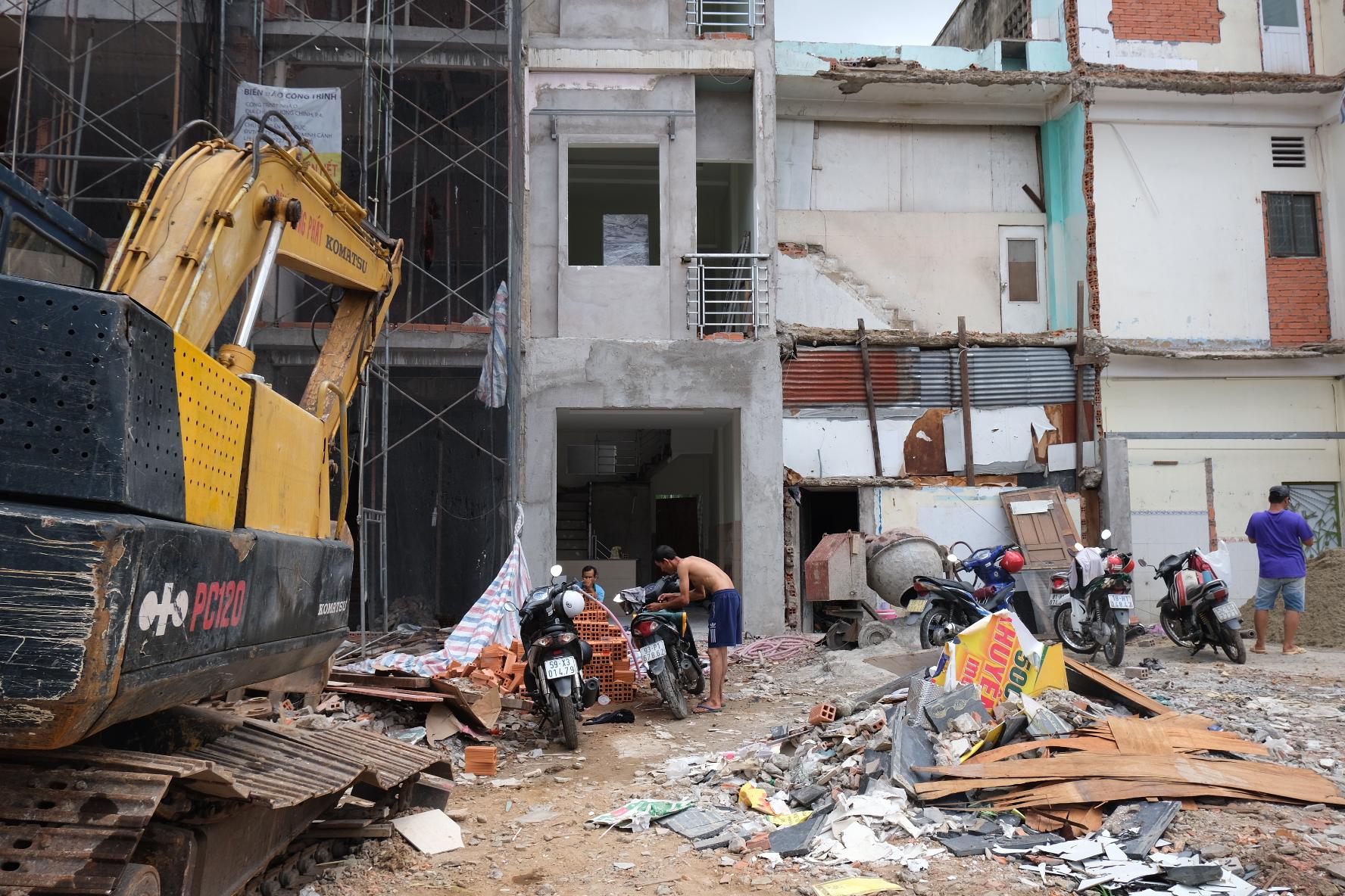 Dân Sài Gòn gấp rút bàn giao mặt bằng làm dự án metro 2 - Ảnh 6.
