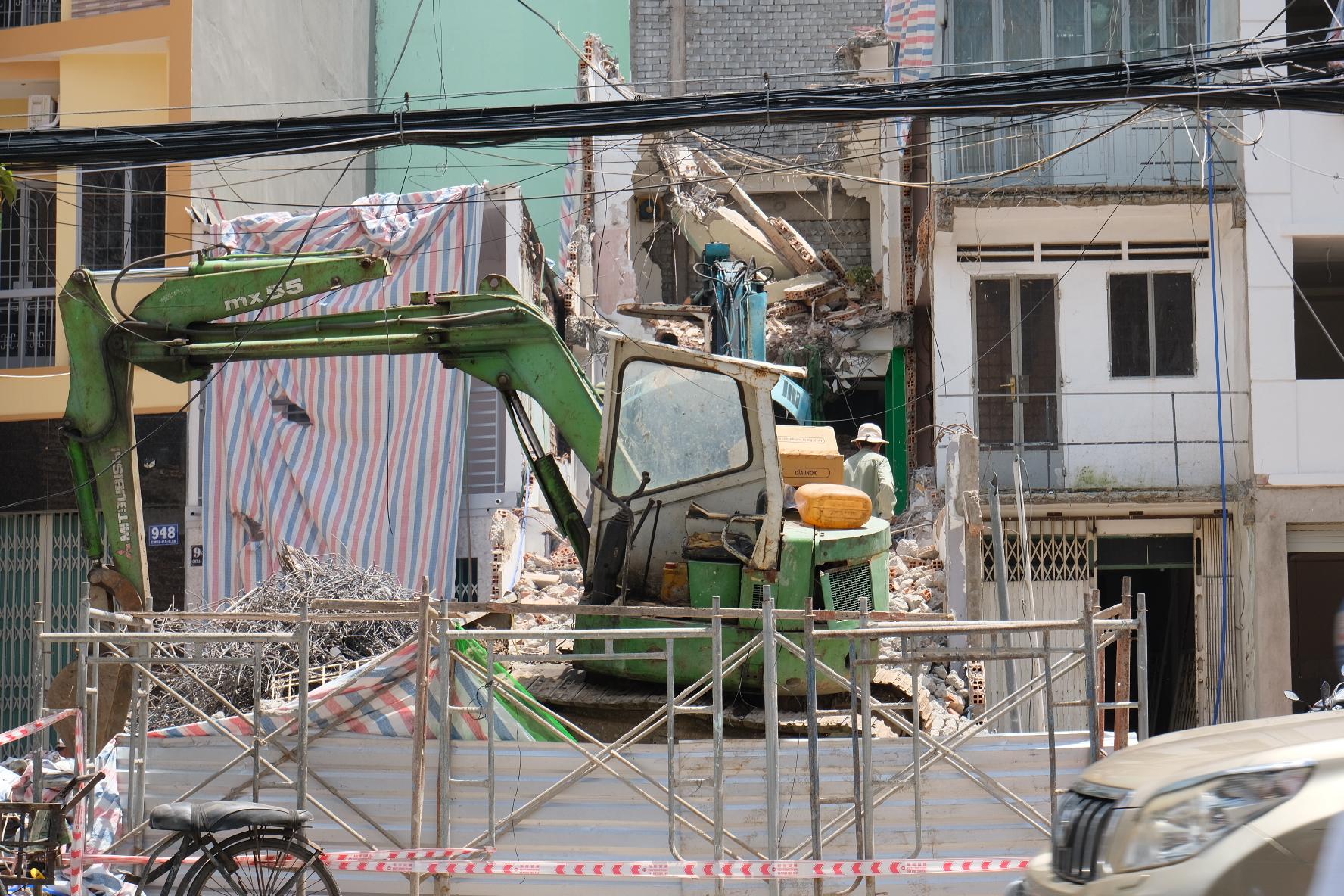 Dân Sài Gòn gấp rút bàn giao mặt bằng làm dự án metro 2 - Ảnh 8.