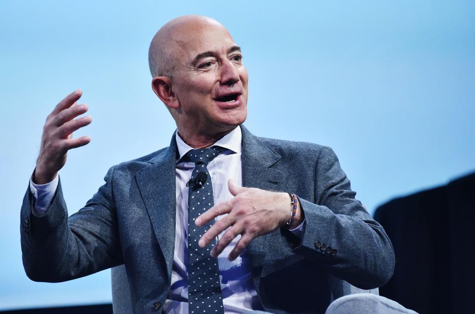 Tâp đoàn 'nghìn tỉ USD' phía sau thành công của tỉ phú Jeff Bezos - Ảnh 2.