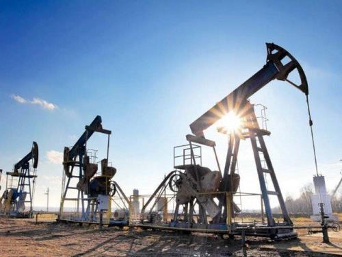 Giá xăng dầu hôm nay 31/8: Dầu giảm trở lại do nhu cầu tiêu thụ giảm - Ảnh 1.