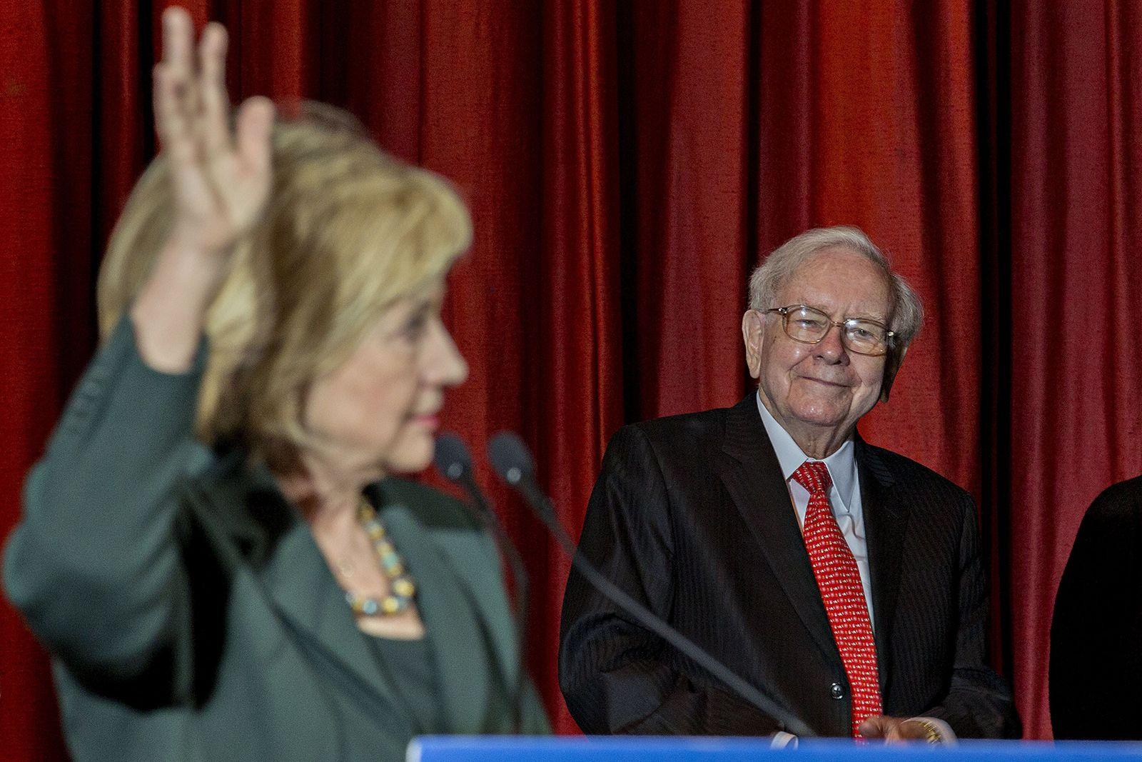 Cuộc đời và sự nghiệp của Warren Buffett qua những tấm ảnh - Ảnh 20.