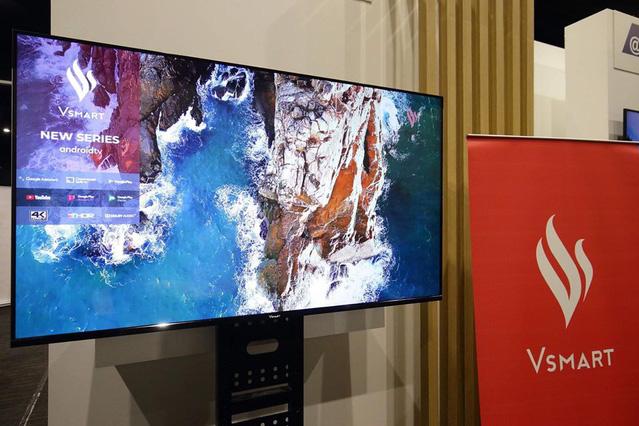 VinSmart chính thức mở bán Tivi thông minh, tặng kèm điện thoại Vsmart