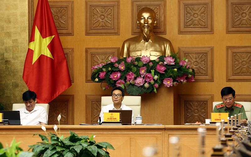 Phó thủ tướng: 'Không để giãn cách xã hội trên diện rộng quay trở lại - Ảnh 1.