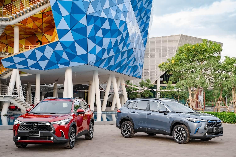 Toyota Corolla Cross mở bán tại Việt Nam, giá từ 720 triệu đồng - Ảnh 1.