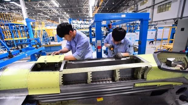 Trung Quốc hướng tới giai đoạn phục hồi mạnh mẽ sau COVID-19 - Ảnh 1.