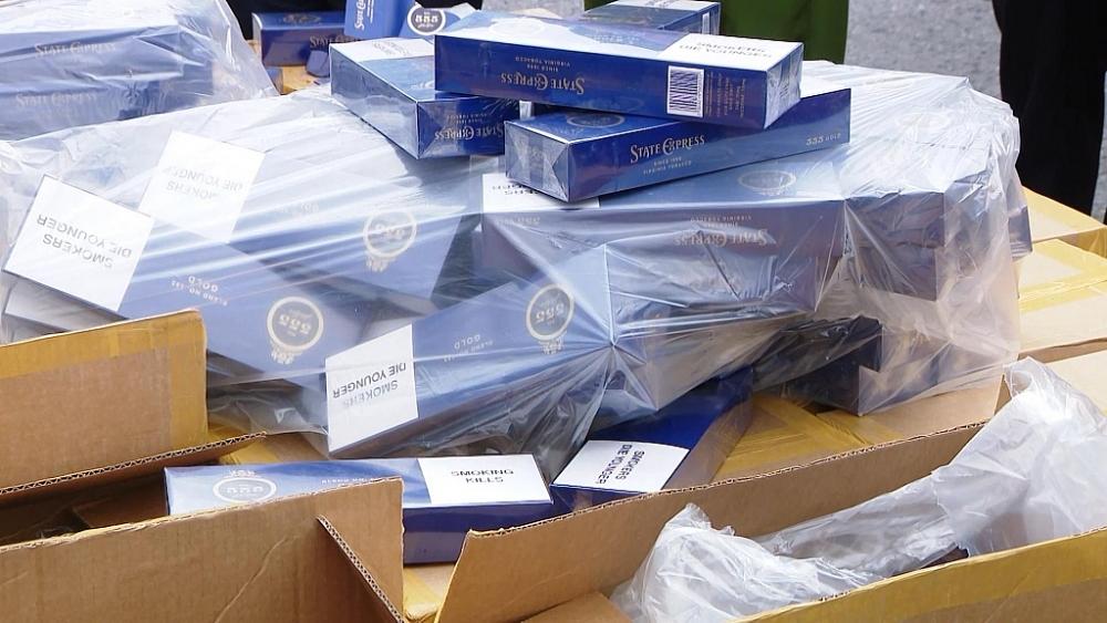 Bắt giữ hơn 1 triệu bao thuốc lá giả nhập lậu trị giá 30 tỉ đồng - Ảnh 1.