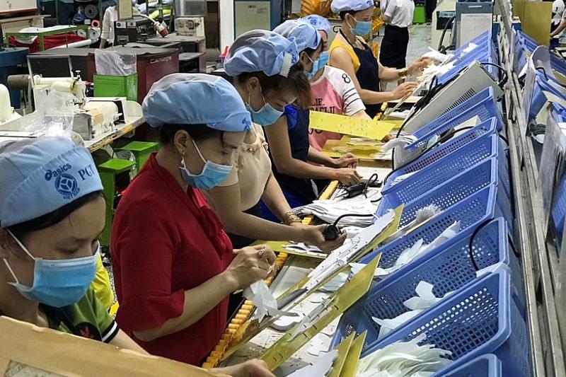 47% doanh nghiệp buộc phải cắt giảm lao động do dịch Covid-19 lần 2