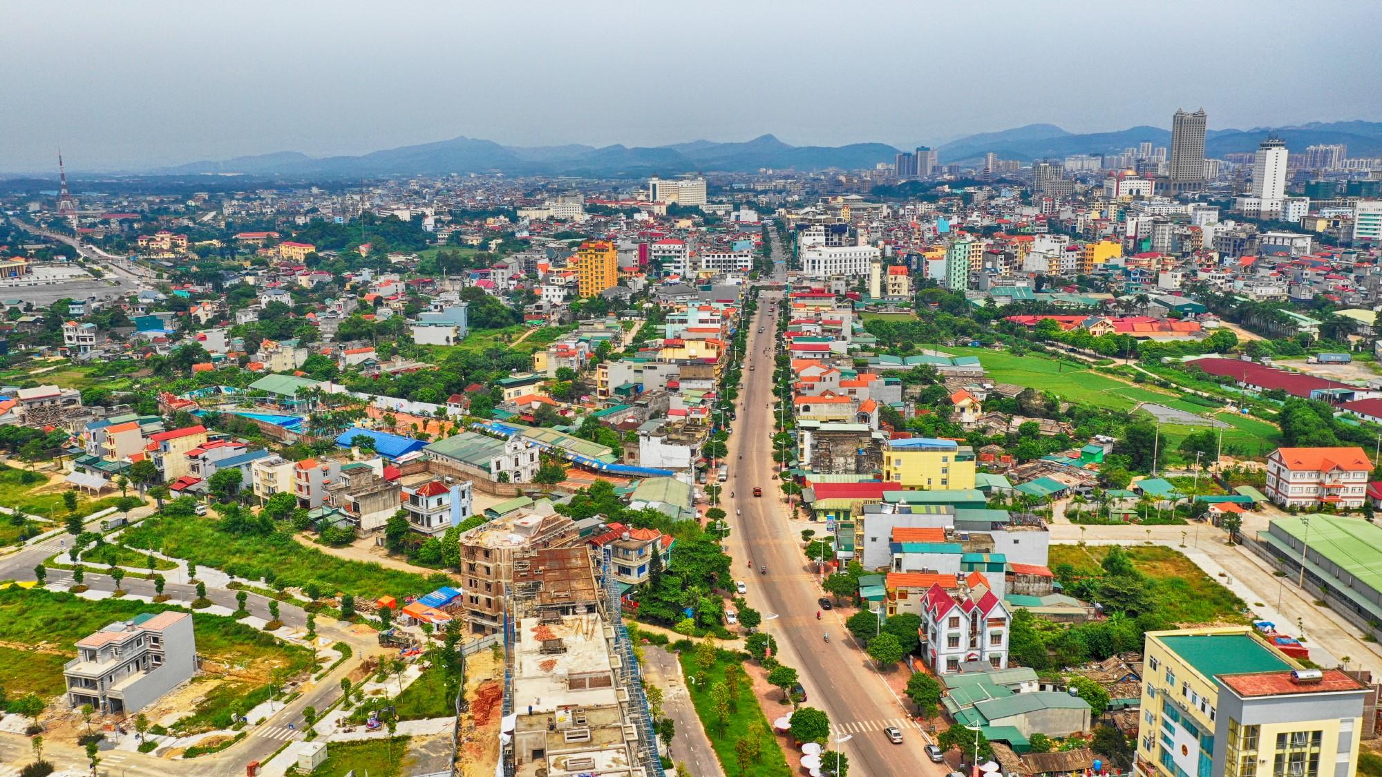 Quảng Ninh lập Ban chỉ đạo gỡ vướng dự án của Vingroup - Ảnh 1.