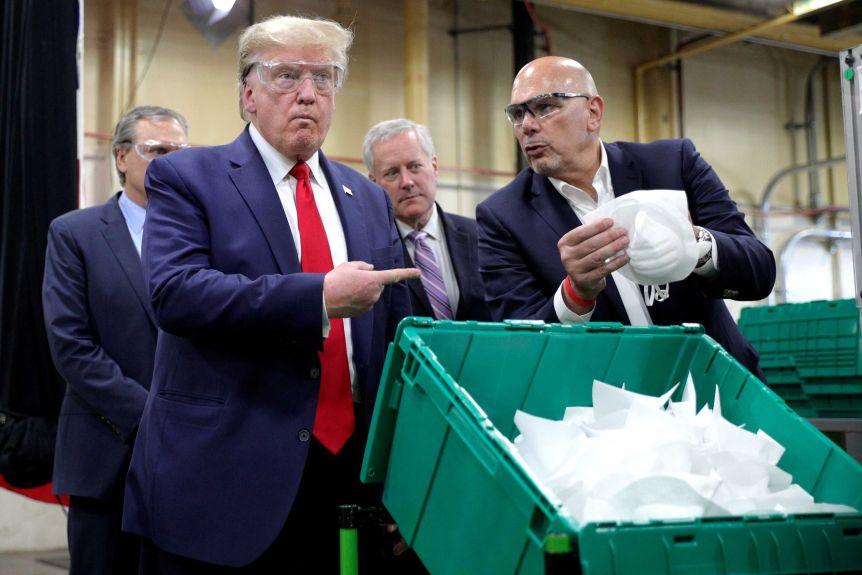 Ông Trump không hối tiếc về phản ứng của chính phủ Mỹ trong đại dịch COVID-19 - Ảnh 1.