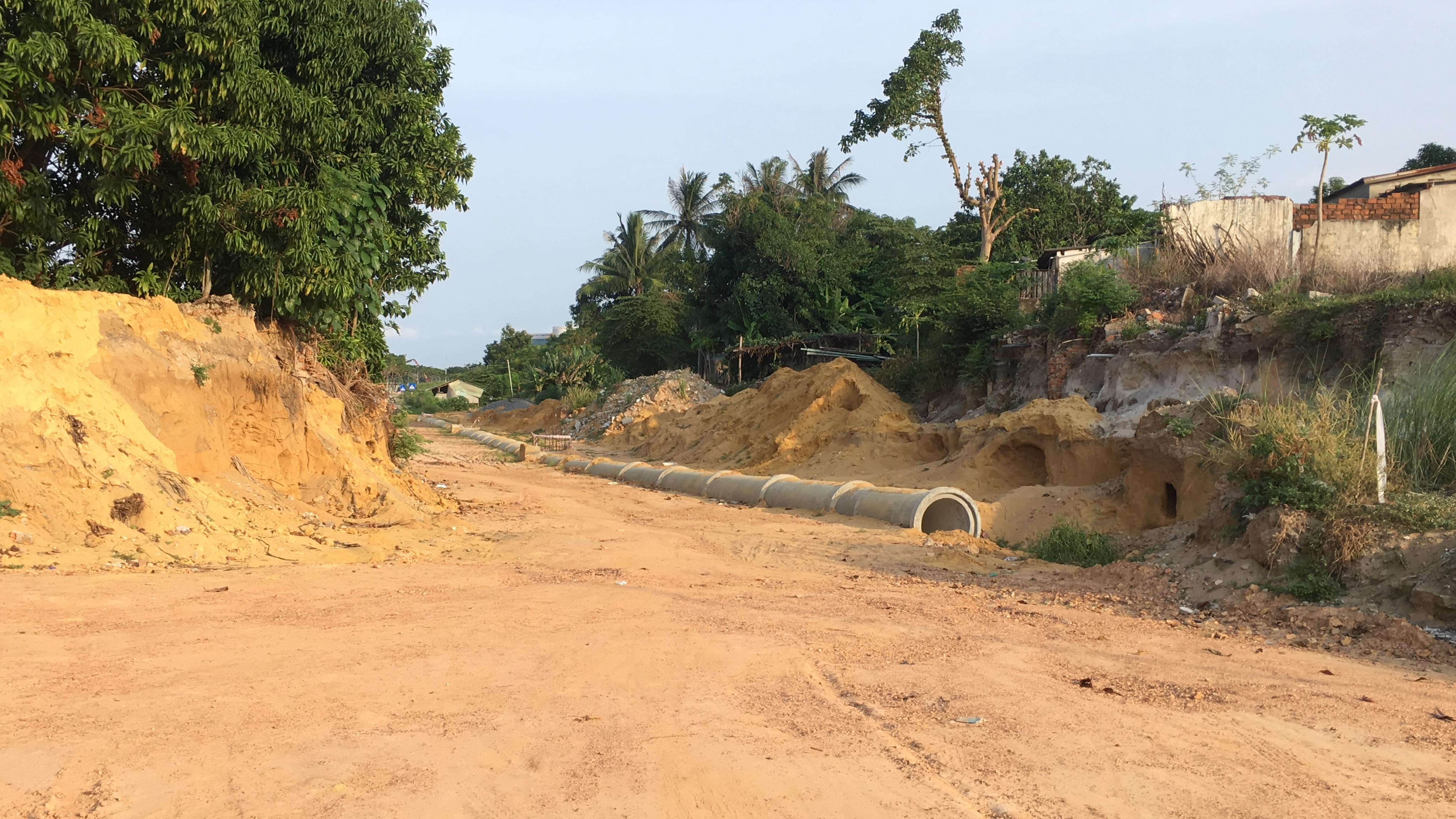 Tuyến đường trục 1 Tây Bắc đang mở theo qui hoạch ở quận Liên Chiểu, Đà Nẵng - Ảnh 12.