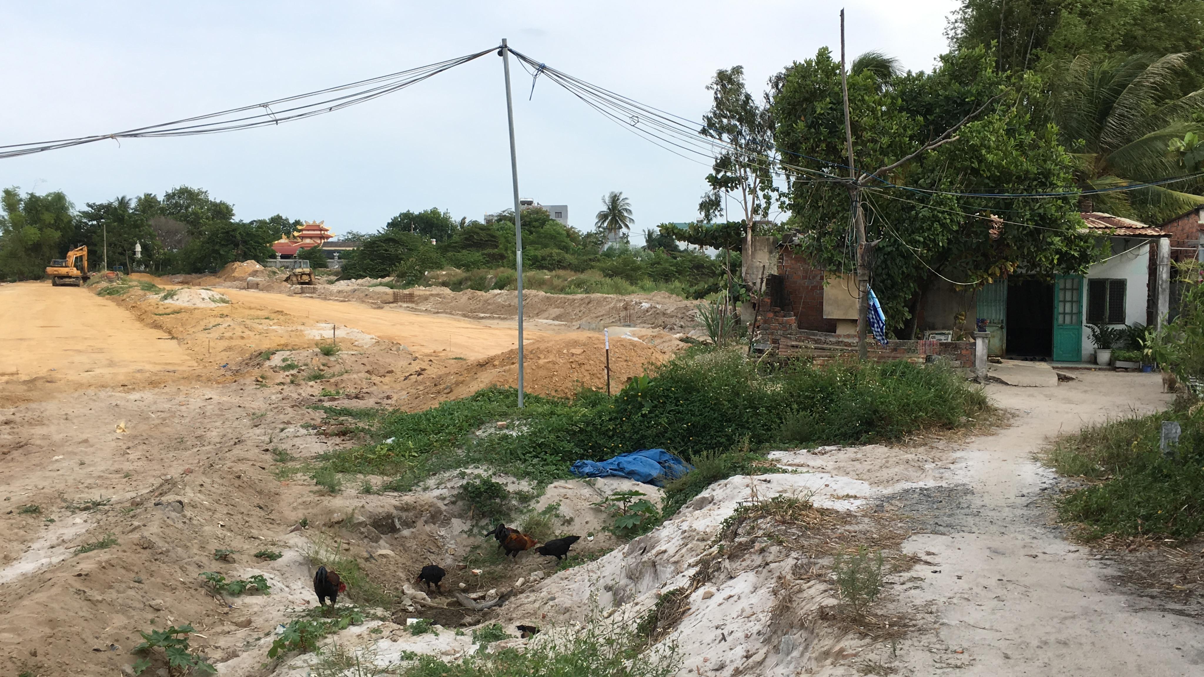 Tuyến đường trục 1 Tây Bắc đang mở theo qui hoạch ở quận Liên Chiểu, Đà Nẵng - Ảnh 16.