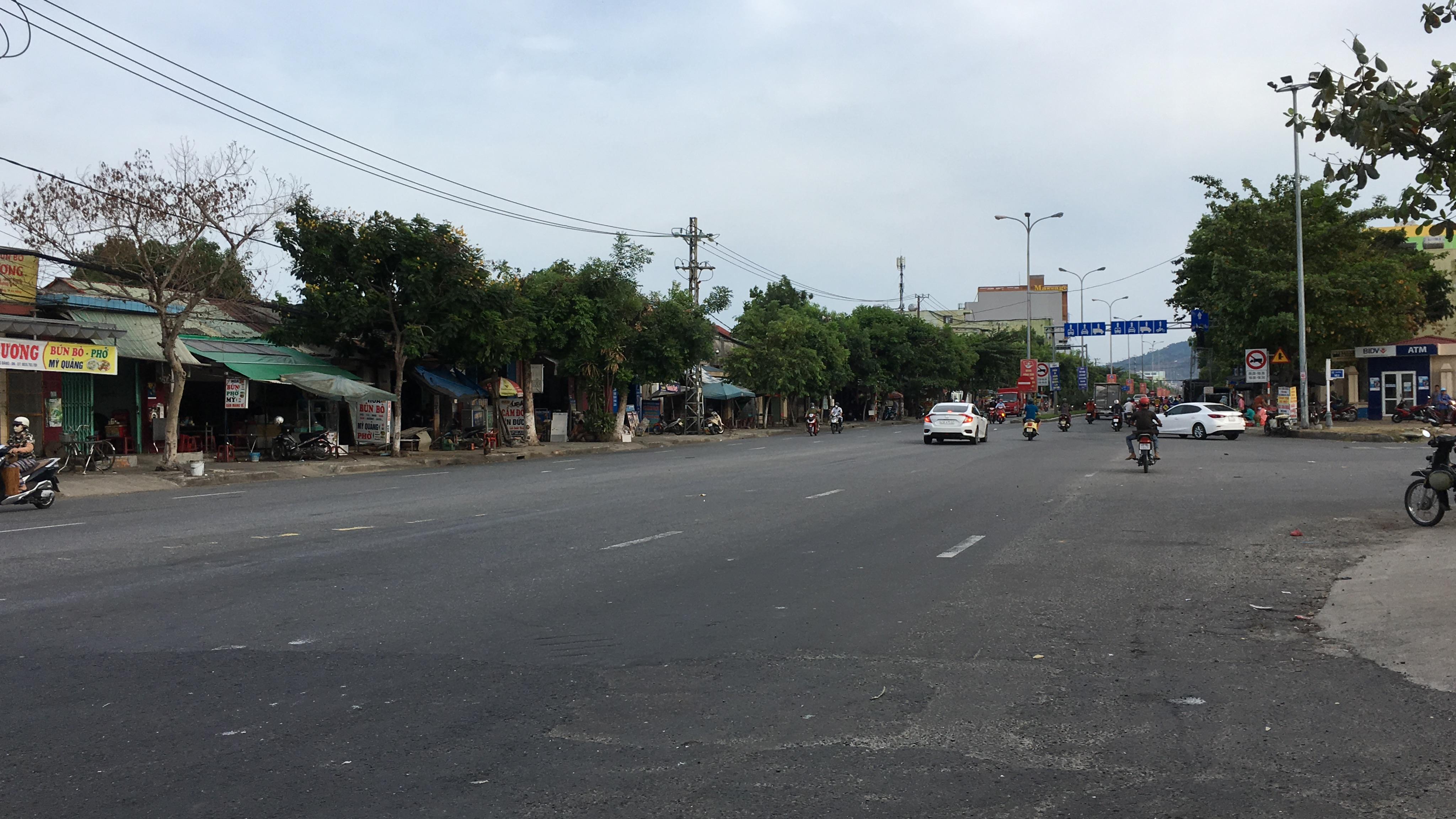 Tuyến đường trục 1 Tây Bắc đang mở theo qui hoạch ở quận Liên Chiểu, Đà Nẵng - Ảnh 17.
