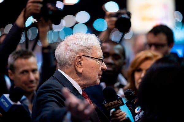 Warren Buffett vừa kiếm được 800 triệu USD trong phiên IPO phần mềm lớn nhất lịch sử - Ảnh 1.