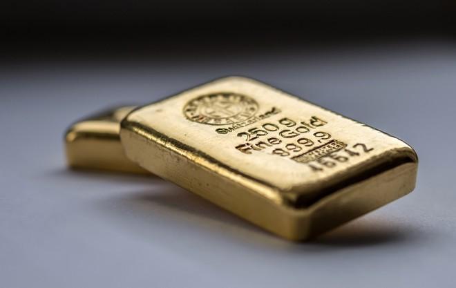 Giá vàng hôm nay 17/9: SJC tiếp đà giảm, vẫn quanh mức 56 triệu đồng/lượng - Ảnh 2.