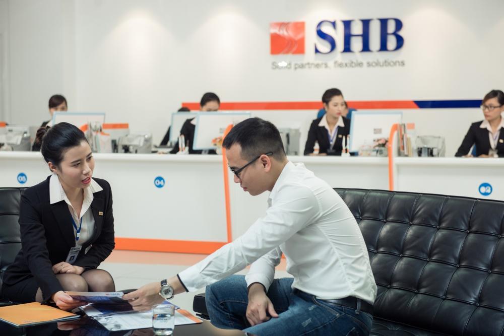 HOSE đã nhận hồ sơ đăng kí niêm yết của SHB - Ảnh 1.