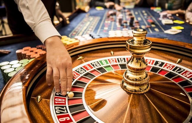 Đề xuất hạn chế tiếp cận của NĐT nước ngoài đối với hoạt động kinh doanh bất động sản, casino - Ảnh 1.