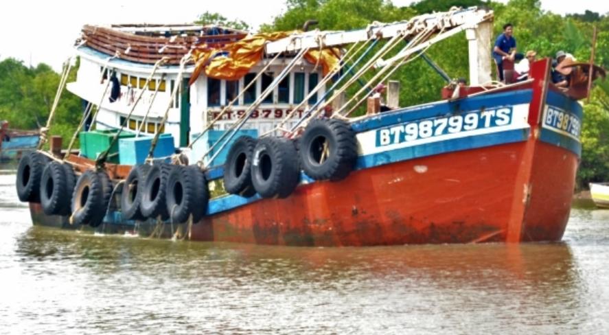 Bến Tre kiểm soát chặt việc cấp giấy phép khai thác thủy sản - Ảnh 1.
