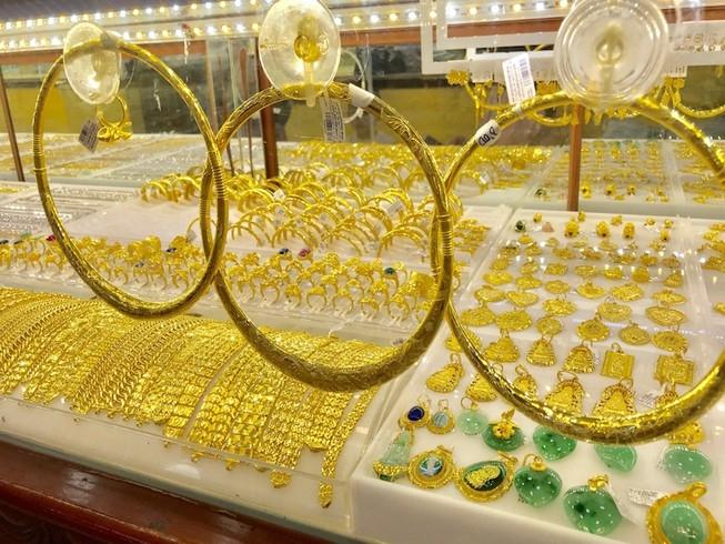 Giá vàng hôm nay 21/9: Mở phiên đầu tuần, vàng SJC tăng 100.000 đồng/lượng - Ảnh 2.