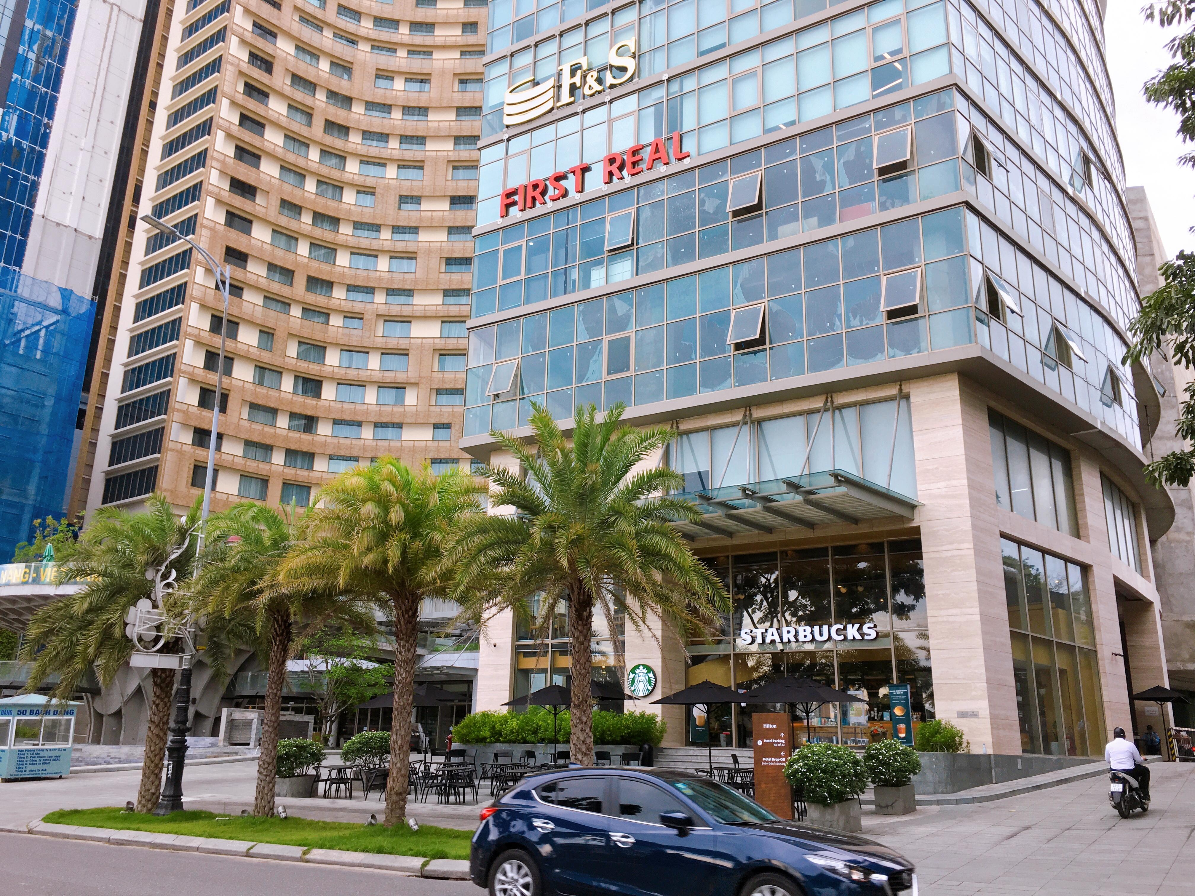 Những tòa nhà văn phòng cho thuê hái ra tiền ở Đà Nẵng bất chấp dịch COVID-19 - Ảnh 1.